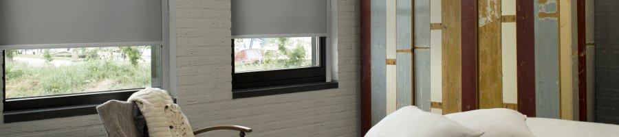 Verduisterende rolgordijnen for Raamdecoratie slaapkamer verduisterend