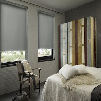 https://www.raamdecoratie.com/media/wysiwyg/Raamdecoratie/Rolgordijnen_verduisterend_met_profiel.jpg