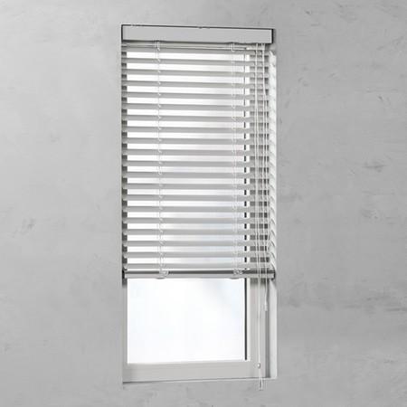 raambekleding deur aluminium jaloezieen